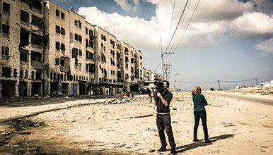 Wouter Vanmol filming in Gaza. He is shooting the documentary 'Beyond the wall'